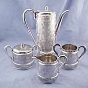 Antique Meriden Quadruple Silverplate 5 Piece Tea Coffee Set Chocolate Pot Set