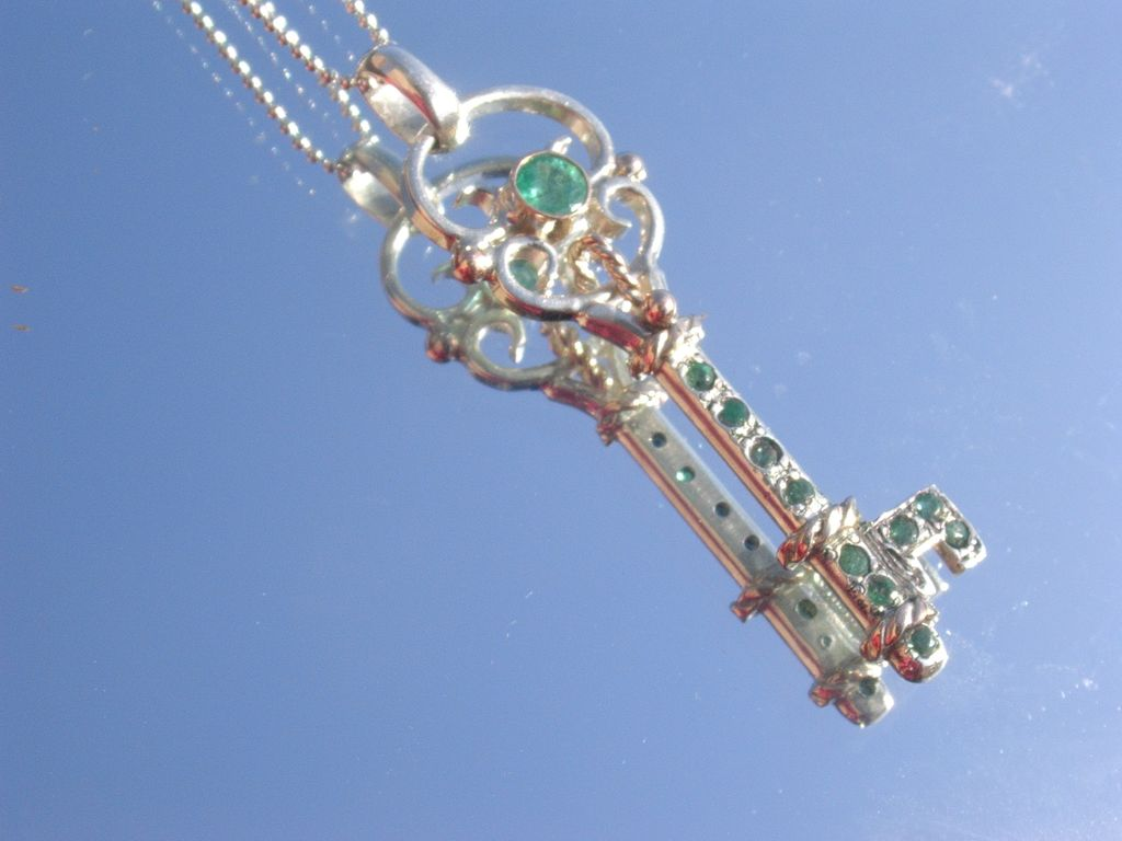 Sterling/9kt Multi Emerald Guitar Shape Key Pendant with Chain