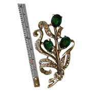 TRIFARI Green Rhinestones 40s Pin Brooch