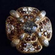 Hattie CARNEGIE Round Pin Brooch