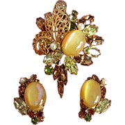 Stunning Hobe Demi Parure of Rhinestone Brooch, Earrings