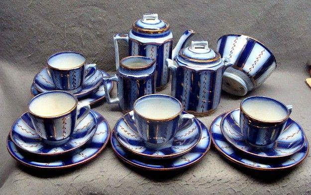 16 Piece Flow Blue Gaudy Welsh Wagon Wheel Child's Tea Set Ca 1840