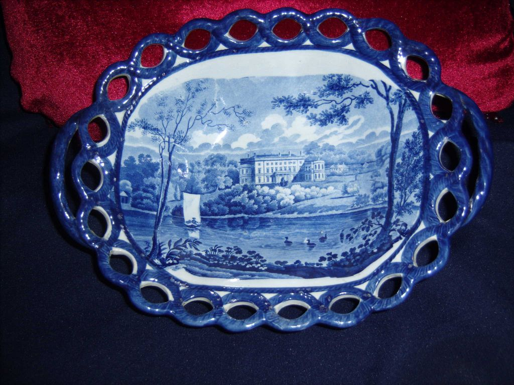 Staffordshire Reticulated Chestnut Dish