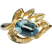 Vintage Aquamarine Flower Ring in 14k Yellow Gold Nature Inspired