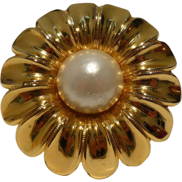 Chanel Vintage Flower Brooch
