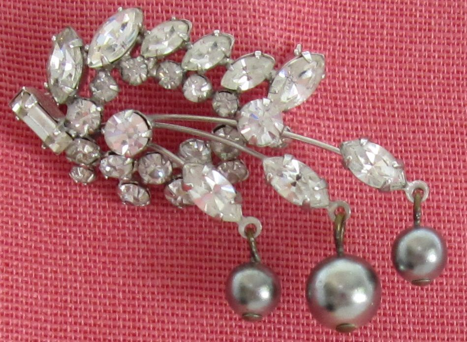 Sparkling Vintage Rhinestone and Simulated Black Pearl Dangles Brooch