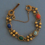 Lovely Vintage Gold Tone and Faux Scarab bracelet