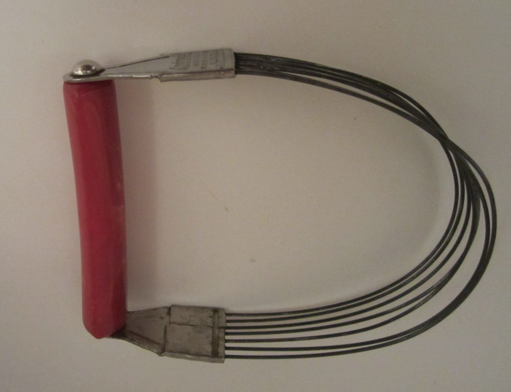 Vintage Androck Red Bakelite Pastry Blender - Kitchen Utensil