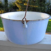 Antique Blue White Enamel Cast Iron Kettle Pot Campfire Cauldron 8 Qt  w/ Handle