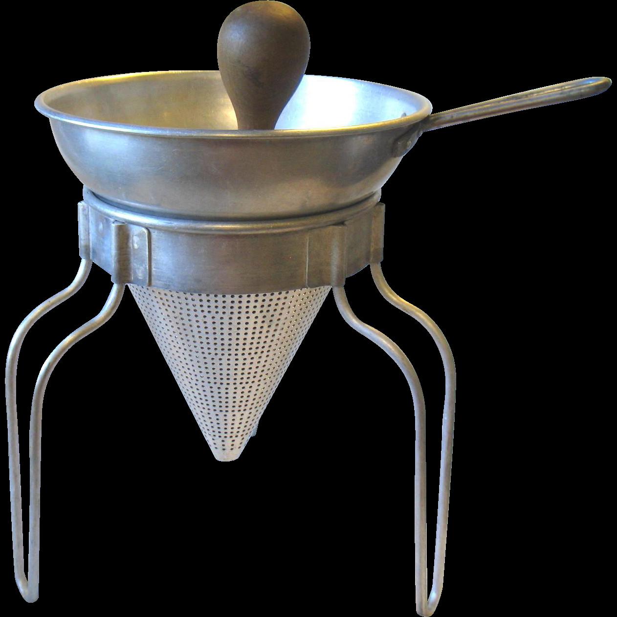 Vintage wear ever aluminum food sieve colander strainer for Aluminum cuisine