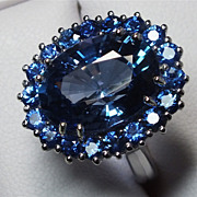 Beautiful Estate 10.74 Carat Tanzanite, Sapphire and Diamond Ring
