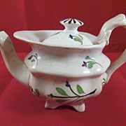 English Child's Toy China Sprig Ware Teapot c.1840