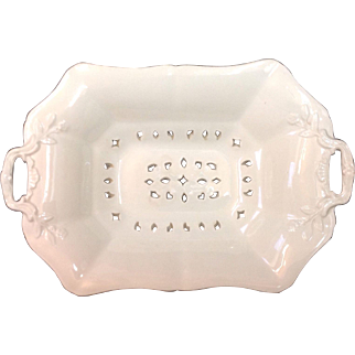 1872 Wedgwood Creamware Drainer Presentation Piece