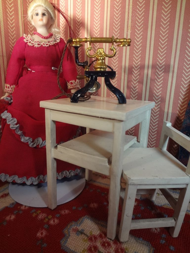 Doll House Telephone Table and Chair