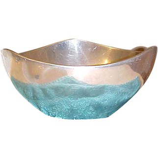 SALE 1960's Nambe 527 large tri corner Butterfly bowl Richard K. Thomas