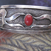 Vintage Hallmarked Native American Dead Pawn Silver and Coral Bracelet Corn Motif