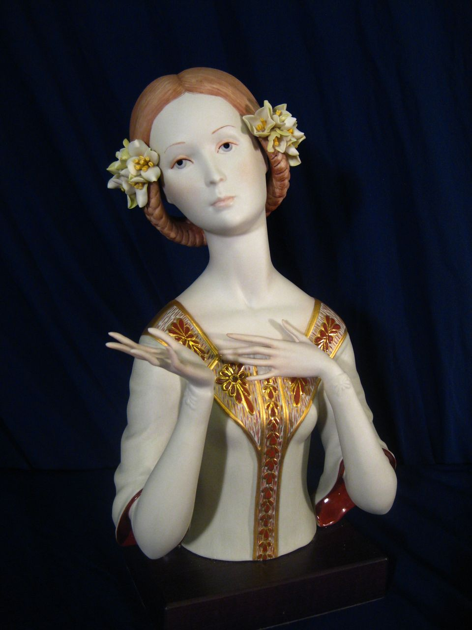 Stunning Cybis Beatrice 1965 Limited Edition of 700 Porcelain Figurine