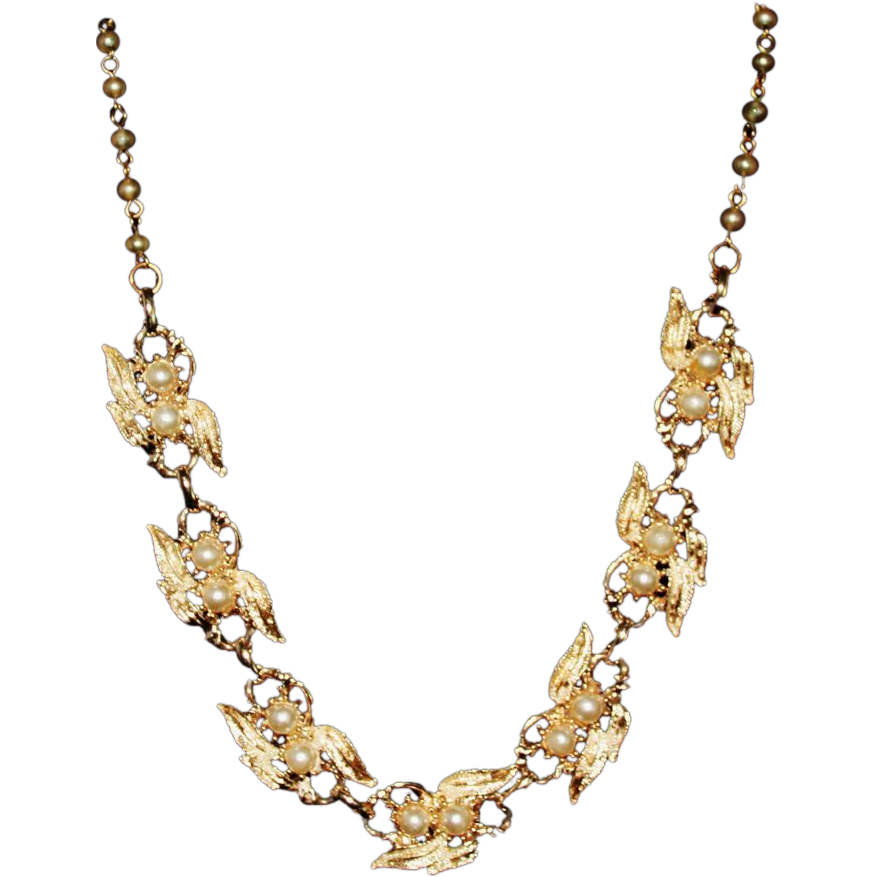Coro Gold Tone Imitation Pearl & Frosted Leaves Choker Necklace