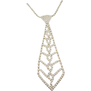 Glamourous Clear Rhinestone Tie Necklace