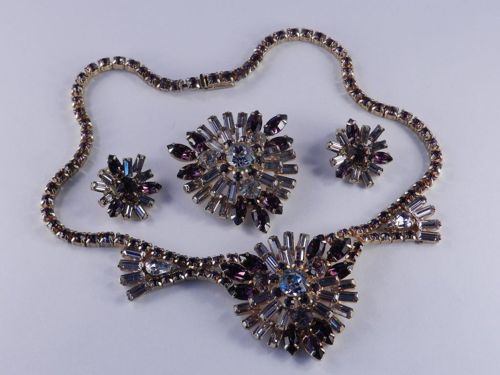 1940s Rhinestone Necklace Brooch Pin Earrings Set Parure Purple / Lilac