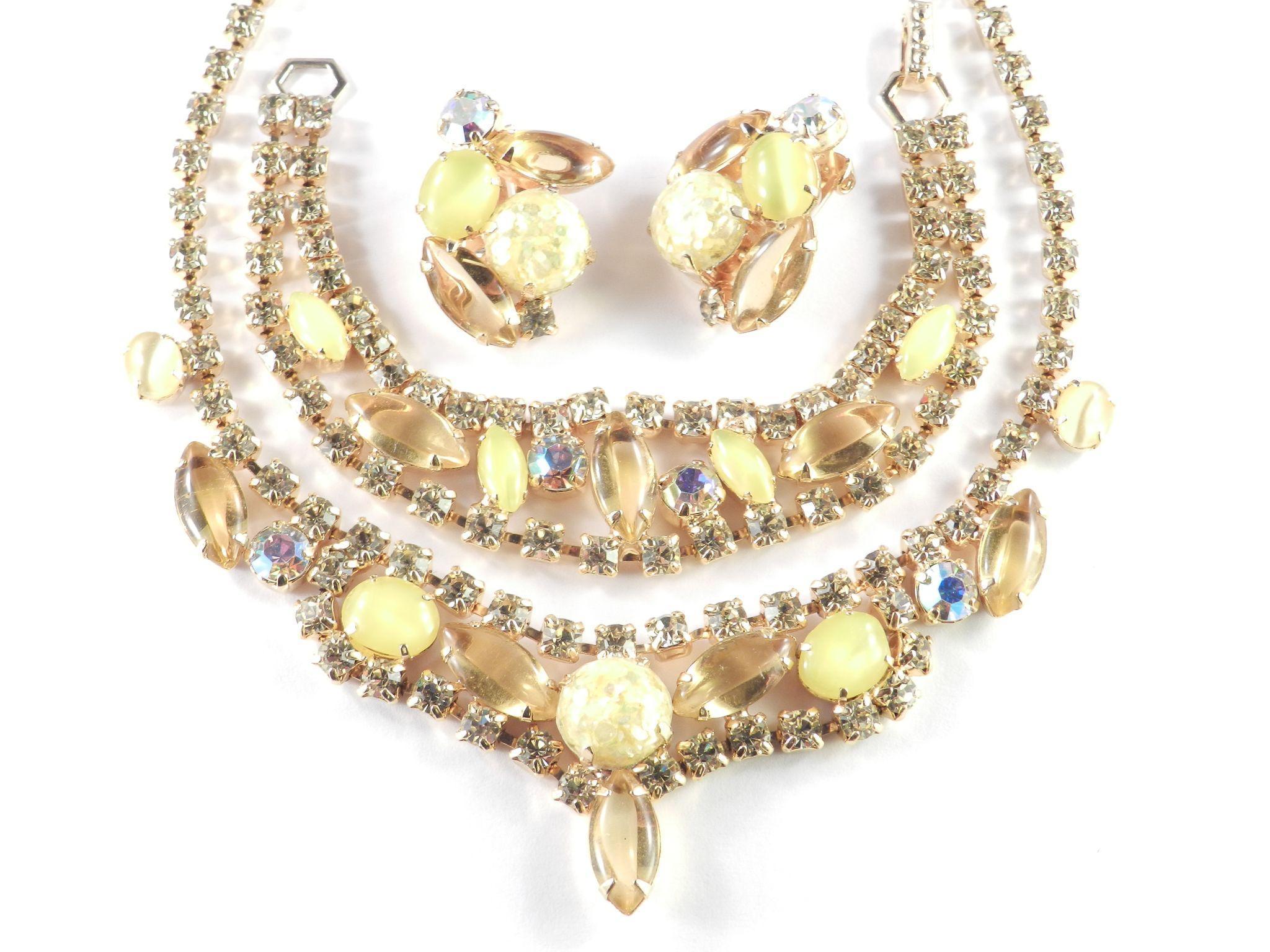Rhinestone Art Glass Confetti Lucite Necklace Bracelet Earrings Set Parure