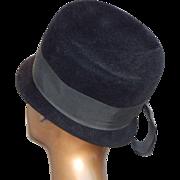Vintage Womens Peachbloom Velour Merrimac Fur Cloche Black Hat Size 22 1/2