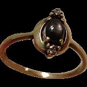 Lovely Vintage 10k Gold, Diamond & Black Star Sapphire Ring