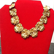 Vintage Floral Goldtone Necklace with Faux Pearls