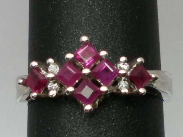 Vintage 14kt Ruby & Diamonds Ring; FREE SIZING