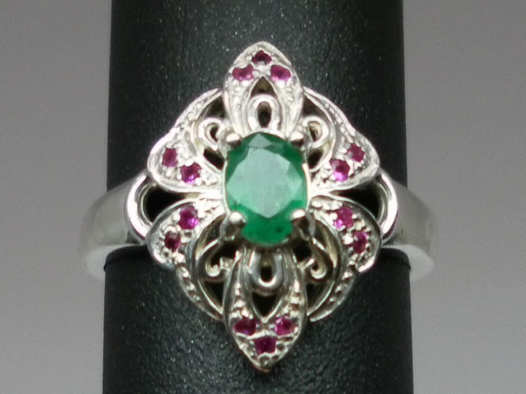 Vintage 14kt Emerald & Ruby Ring; FREE SIZING.