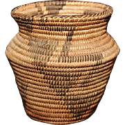 NATIVE AMERICAN INDIAN PIMA BASKET