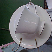 Elegant Wedgwood Silver Ermine Cups & Saucers