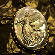 Angelic Carved Cameo Abalone Angel Pin/Pendant Very Unique