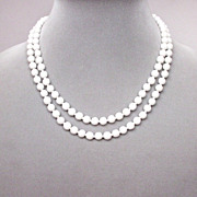 Vintage jewelry two strings ivory-white glass bead necklace