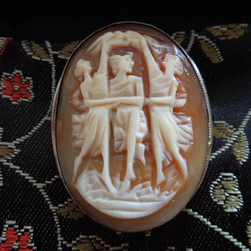 Vintage 800 Silver Cameo The 3 Graces