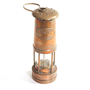 1895 Old English Oil Lantern