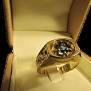 Vintage Blue Sapphire Solitaire Ring in 14 Karat Gold