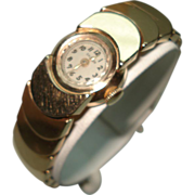 14 Kt Gold Vintage Ladies Bracelet Wristwatch Moon Style Links