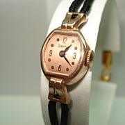 14 KT Rose Gold Ladies Vintage Benrus Wristwatch Manual Wind