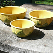 Set of 3 Shawnee Corn King Nesting Bowls - ca. 1946-54