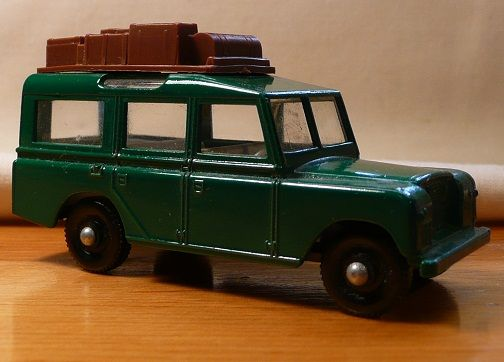 Matchbox #12c - Land Rover Safari - ca. 1965-69
