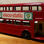 Matchbox #5c - Routemaster BP Visco-static London Bus - ca. 1960-65