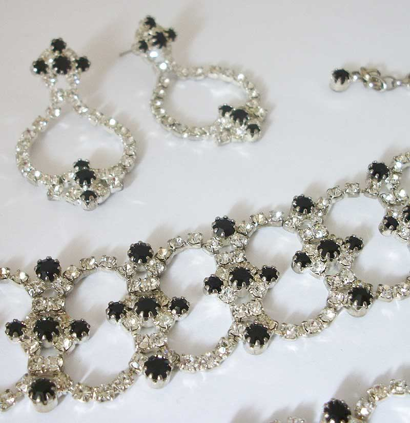 Vintage HOBE Rhinestone choker, bracelet and earrings set
