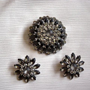 VIntage Judy Lee Dark Purple And Rhinestones Brooch And Earrings  Set