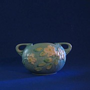 Roseville U.S.A. White Rose Squat Vase 387-4