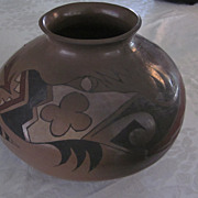 """Large, 8"""" X 12"""", Pueblo Buff, Black, White, and Red Olla"""