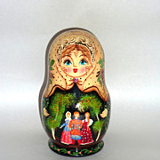 Vintage de Brekht Russian Christmas Matryoshka with Ornaments Inside - Green