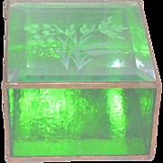 Vintage Etched Emerald Green Glass Hinged Trinket Vanity Box