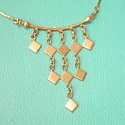 Lovely 18K Y/Gold Dangling Necklace