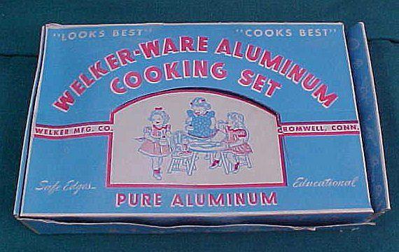 Unused Vintage Child Doll Welker Ware Aluminum Cooking Set In Box